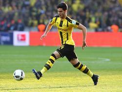 Mikel Merino con la equipación del Dortmund. (Foto: Imago)