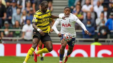 Moussa Sissoko (l.) im Trikot des FC Watford