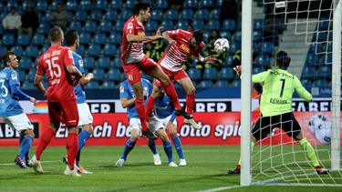 Regensburg und Bochum mussten sich jeweils mit einem Punkt zufrieden geben