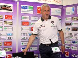 Pavel Dotchev darf sich auf einen neuen Rechtsverteidiger freuen
