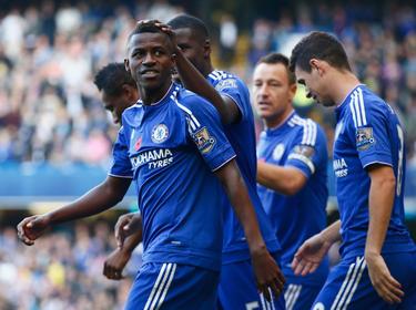 Ramires is de held nadat hij Chelsea op 1-0 kopt. (31.10.2015)