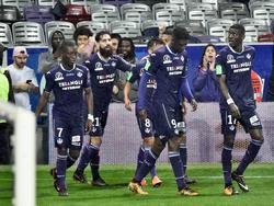 Los jugadores del Toulouse celebran el tanto del turco Durmaz. (Foto: Getty)