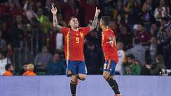 Paco Alcácer (l.) und Thiago (r.) kehren nach einer längeren Pause in die Nationalmannschaft zurück