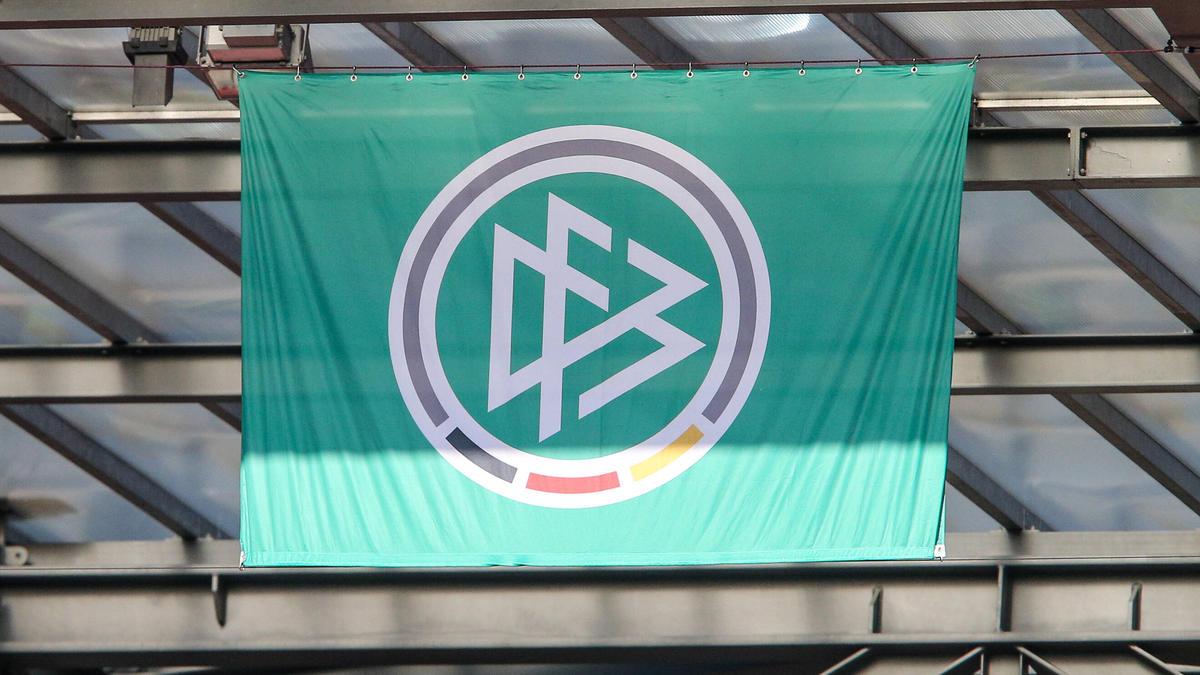 Der DFB steht nach einem weiteren Eklat erneut massiv in der Kritik