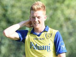 Anders Christiansen heeft plezier tijdens de oefenwedstrijd van Chievo Verona in de voorbereiding op het seizoen 2015/2016. (19-07-2015)
