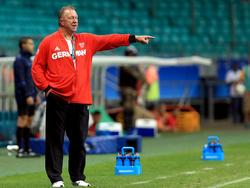 Horst Hrubesch nimmt seine Arbeit als Trainer der DFB-Frauen auf