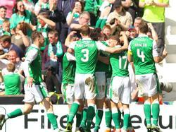 Celtic FC viert feest na doelpunt in kampioenswedstrijd tegen Rangers FC