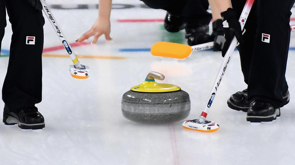 Die deutschen Curling-Herren haben zwei weitere Niederlagen kassiert