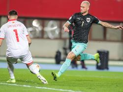 Marko Arnautovic versucht sein Tor zu erzielen