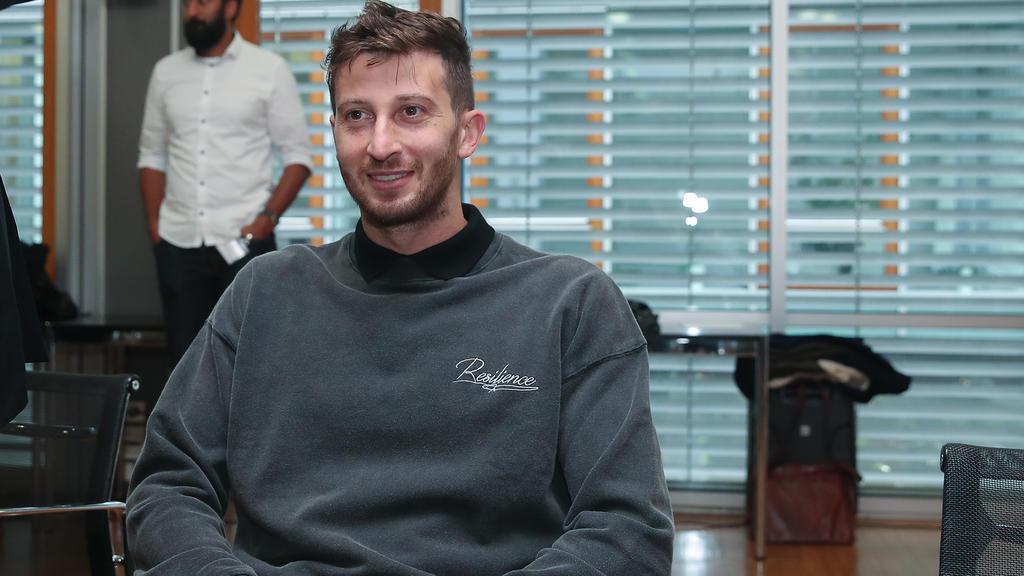 David Abraham (li.) steht vor dem DFB-Sportgericht