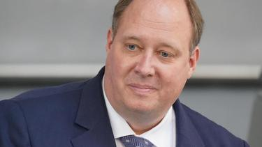 Kanzleramtschef Helge Braun ist gegen Reisen zu den entscheidenden EM-Spielen