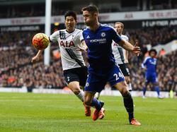 Chelseas Verteidiger Gary Cahill (r.) kann sich einen Wechsel vorstellen