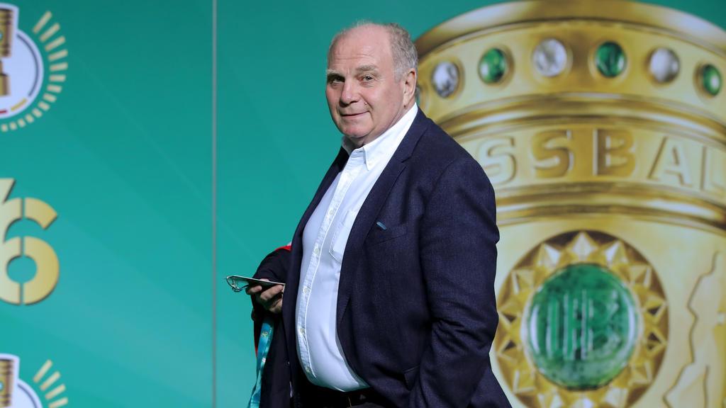 Uli Hoeneß hat Niko Kovac die Jobgarantie beim FC Bayern ausgesprochen