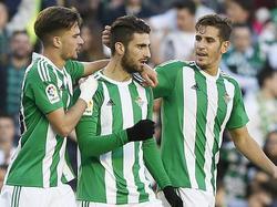 Piccini (cen.) decidió el partido con el segundo gol del Betis. (Foto: Getty)