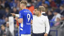 Simon Terodde (li.) ist einer von wenigen Stürmern im Kader des FC Schalke 04
