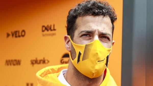 Daniel Ricciardo hat versucht, im McLaren-Simulator neue Ansätze zu finden