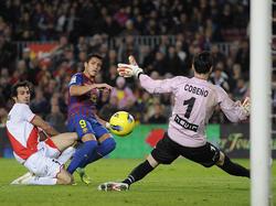 Alexis Sánchez erzielt das 2:0 für den FC Barcelona