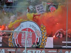Die Fans des FC St. Pauli wollen sich gegen Olympia stark machen