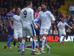 Können bald ihre Tore im Arsenal-Trikot feiern: Jamie Vardy (l.) und Riyad Mahrez