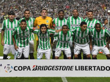El Atlético Nacional impuso su estilo de juego de toque al Deportivo Municipal. (Foto: Getty)