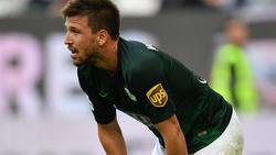 Ignacio Camacho vom VfL Wolfsburg bereits am Sprunggelenk operiert