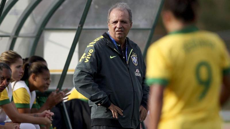 Wurde nach der Frauenfußball-WM beurlaubt: Nationaltrainer Oswaldo Alvárez