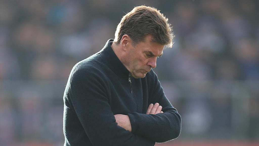 Knieprobleme bei HSV-Trainer Dieter Hecking