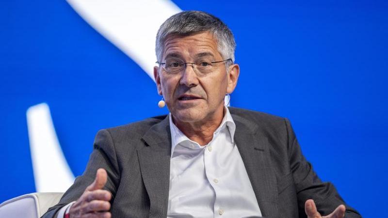 Herbert Hainer nimmt die Bezüge von Spielern und ihren Beratern ins Visier