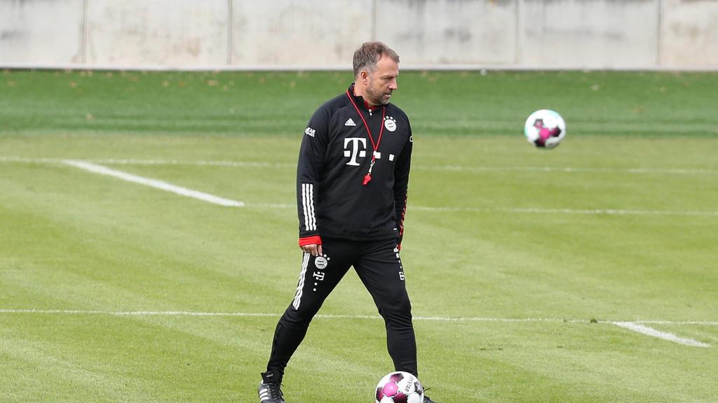 Hansi Flick trifft mit dem FC Bayern auf den BVB