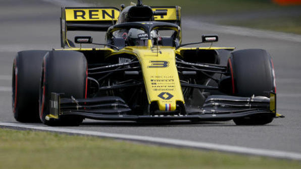 Daniel Ricciardo fühlt sich im R.S.19 wohler als noch in Bahrain