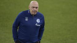Christian Gross steht beim FC Schalke 04 unter Druck