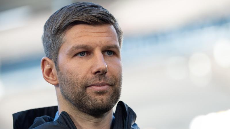 Sportvorstand Thomas Hitzlsperger nimmt die Stuttgarter Spieler in die Pflicht