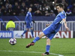 Dybala en un duelo de la Champions League ante el Lyon.