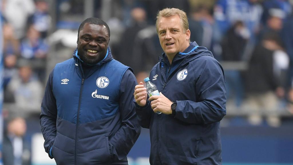 Schalke-Legenden: Mike Büskens (re.) wird neuer Co-Trainer beim Revierklub, Gerald Asamoah koordiniert die Lizenzspielerabteilung