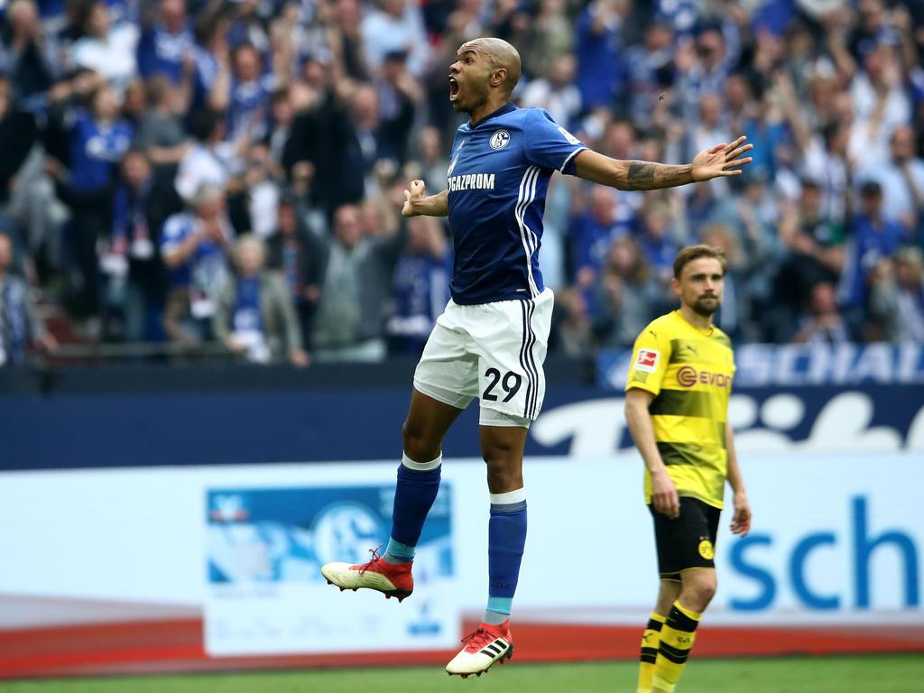 Naldo-Hammer! Der Abwehrmann trifft zum entscheidenden 2:0 gegen den BVB