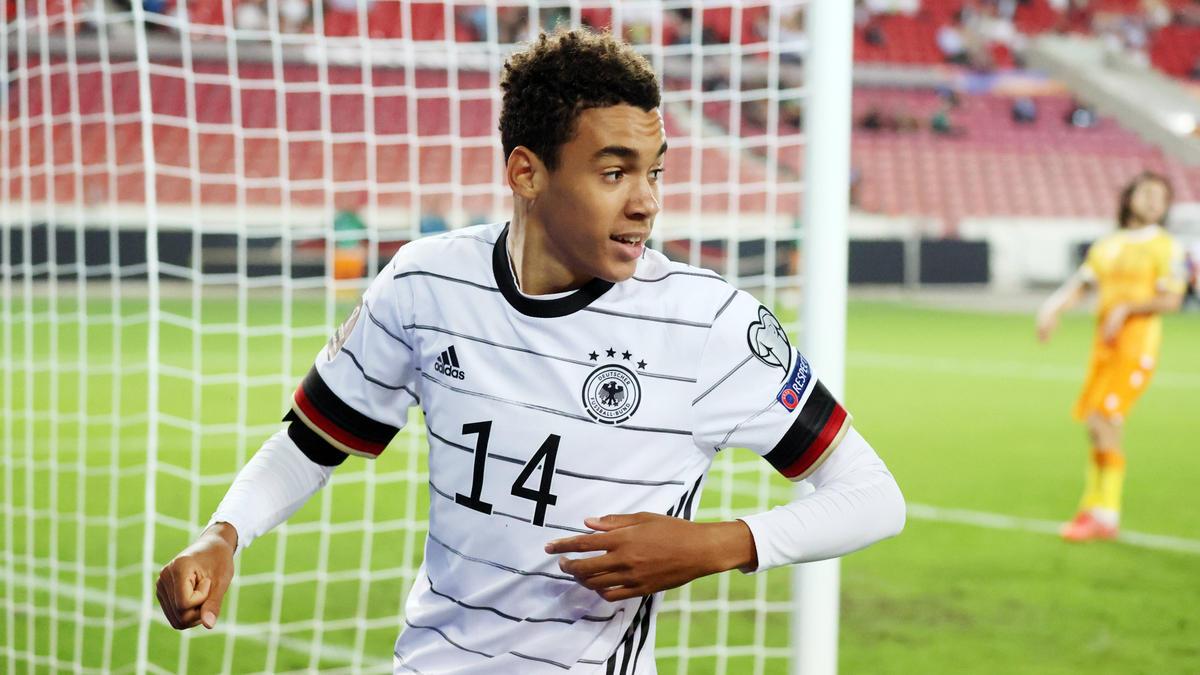 Jamal Musiala hat sein erstes Tor für das DFB-Team erzielt