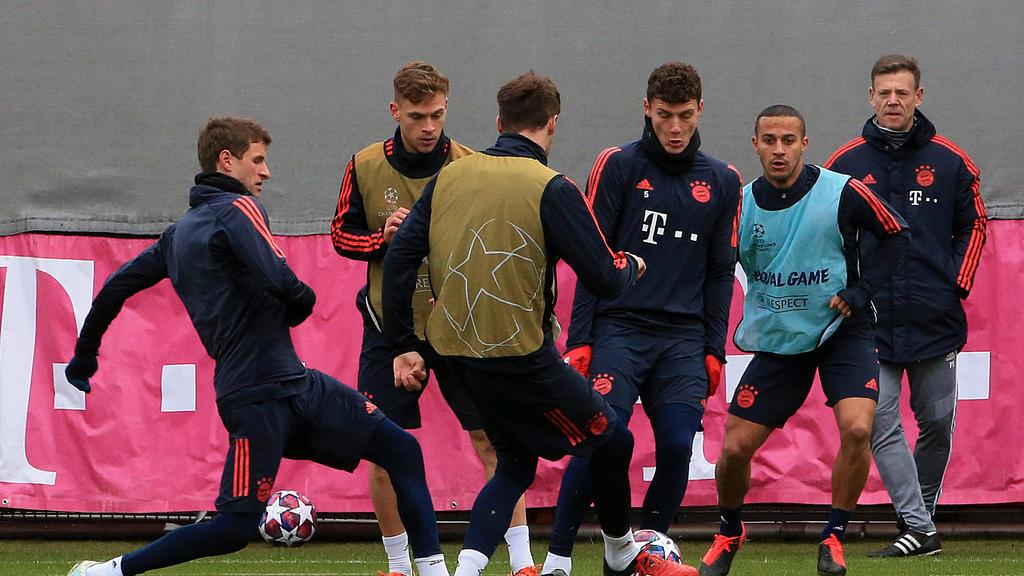 Der FC Bayern nimmt offenbar wieder das Training auf