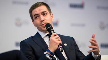 Philipp Lahm spricht sich erneut für eine anderen Umgang mit etablierten DFB-Stars aus