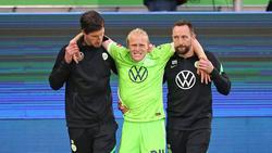 Wolfsburgs Xaver Schlager musste verletzt ausgewechselt werden