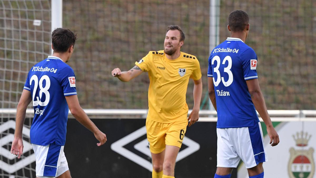 FC Schalke 04 blamiert sich gegen den KFC Uerdingen