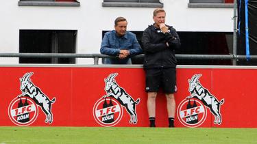 Horst Heldt und Markus Gisdol (r.) suchen neues Personal für den 1. FC Köln