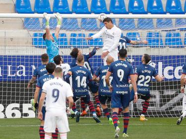 Varane ha hecho doblete y le ha dado tres puntos al Madrid.