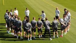 Joachim Löw versammelt seine Nationalspieler im Trainingslager