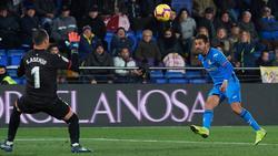 Ángel anotó el gol de la victoria del Getafe con esta vaselina. (Foto: Getty)