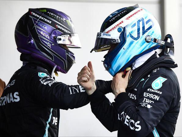 Lewis Hamilton und Valtteri Bottas (r.) beim Grand Prix von Spanien 2021