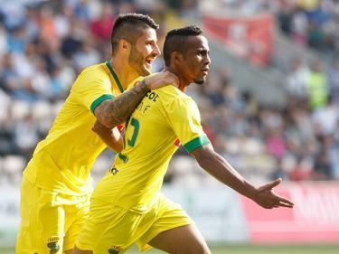 Bruno Moreira (l.) und Paraiba befinden sich mit Paços de Ferreira derzeit auf der Überholspur.