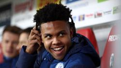 Schalkes Torschütze Weston McKennie freut sich über den Sieg