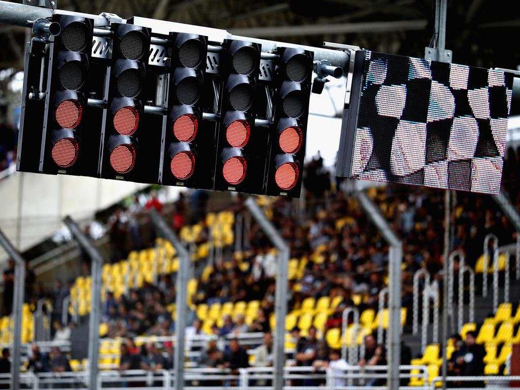 Die Formel 1 debattiert über neue Startzeiten