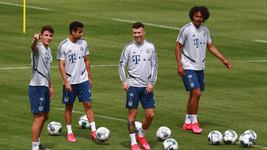 Könnte den FC Bayern verlassen: Sarpreet Singh (2. v. links)