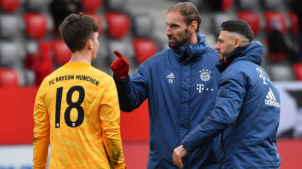 Torwart-Not beim FC Bayern: Nübel-Diagnose steht - Starke-Comeback ein Thema? - sport.de